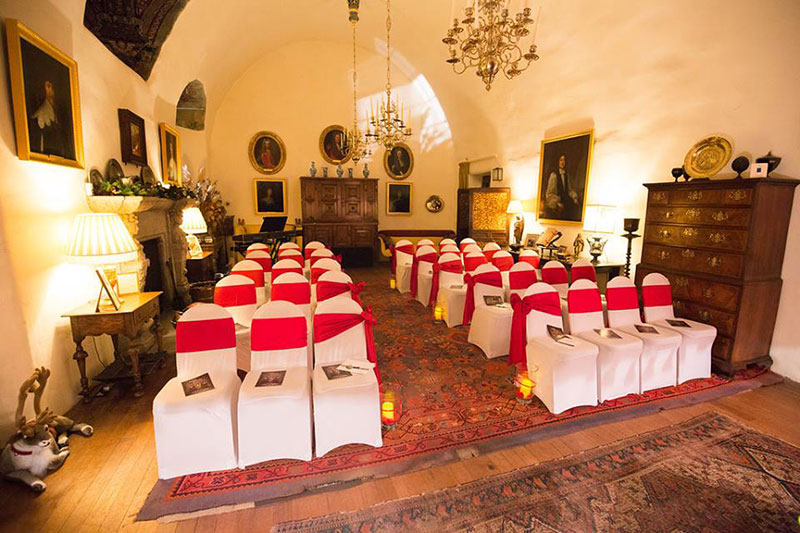 Crathes Castle 10 Reasons To Choose This Scottish Wedding