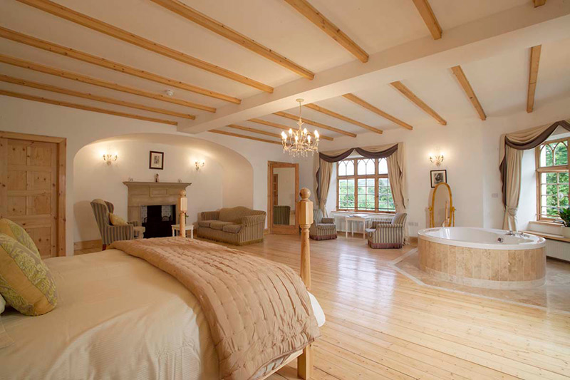 Achnagairn Castle Bridal Suite, Wedding Venues Scotland