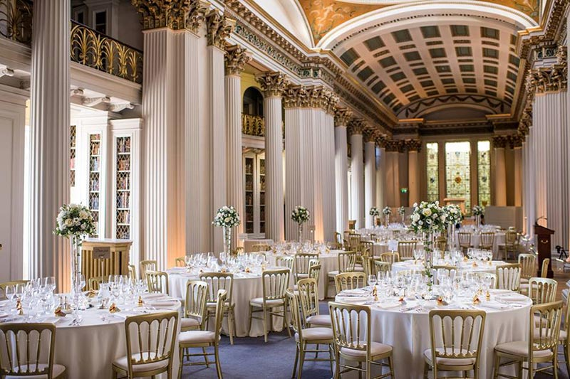 The signet library 10 reasons to choose this scottish wedding venue the signet library reception wedding venues scotland solutioingenieria Choice Image