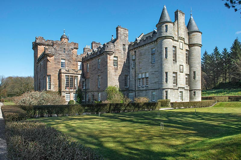 Glenapp castle 10 reasons to choose this scottish wedding venue solutioingenieria Choice Image