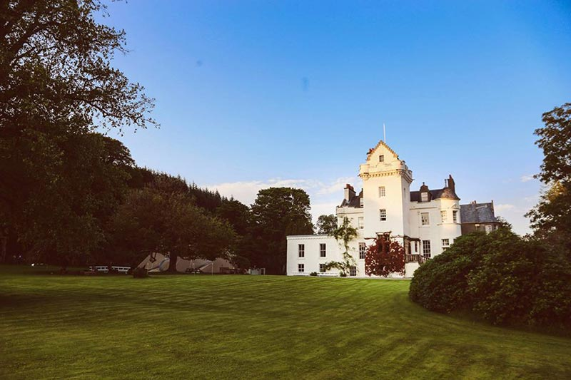 Castle Lachlan 10 Reasons To Choose This Scottish Wedding Venue