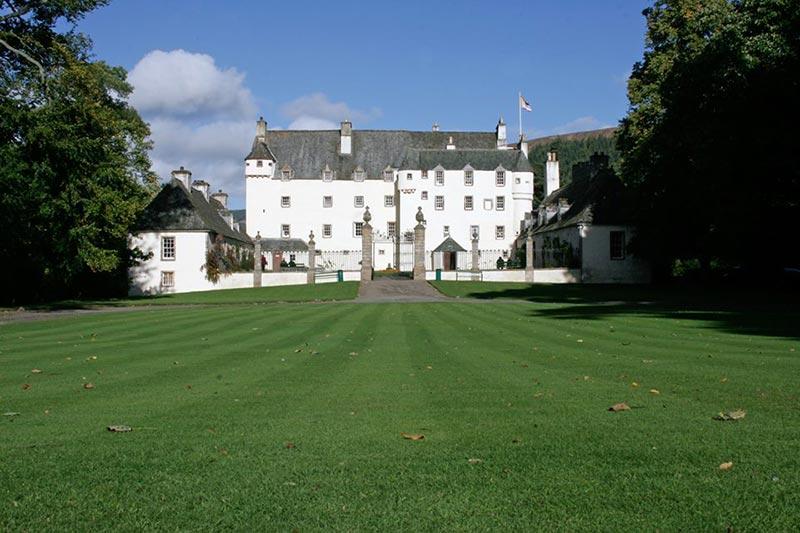 Traquair House, Wedding Venues Scotland